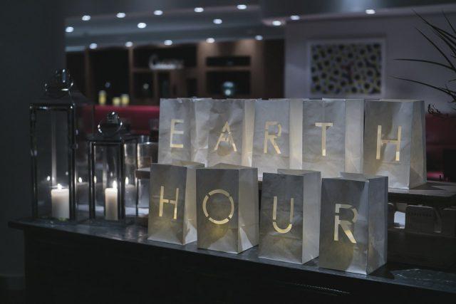 Le Méridien Barcelona se suma a l'Earth Hour #HotelsCompromesos